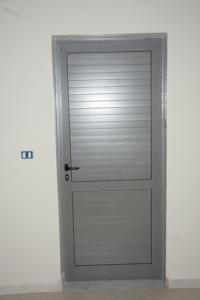 Porte intérieure en aluminium
