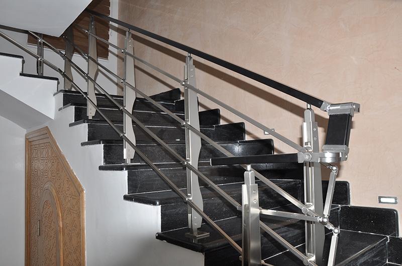 Rampes d'escalier moderne en aluminium