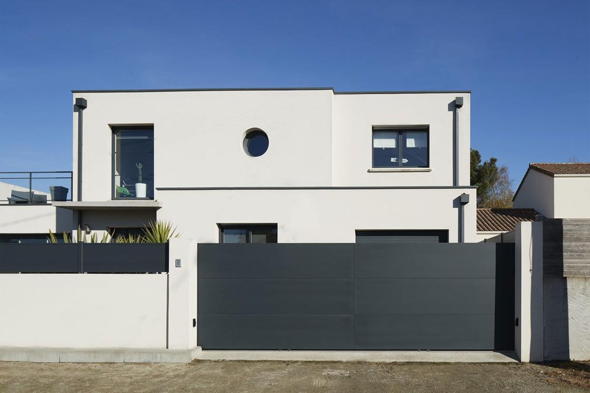 Porte de garage en acier ou en aluminium: quel matériau choisir?